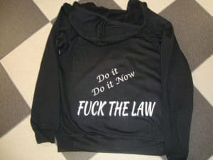 Pull à capuche FUCK THE LAW